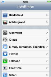Apple iPhone 4S met iOS 5 (Model A1387) - Contacten en data - Contacten kopiëren van SIM naar toestel - Stap 3
