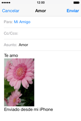 Apple iPhone 4S iOS 7 - E-mail - Escribir y enviar un correo electrónico - Paso 14