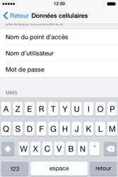 Apple iPhone 4s iOS 8 - Internet - Configuration manuelle - Étape 7