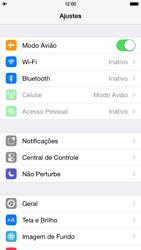 Apple iPhone iOS 8 - Rede móvel - Como ativar e desativar o modo avião no seu aparelho - Etapa 4