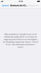 Apple iPhone SE - iOS 12 - Aplicações - Como configurar o WhatsApp -  12