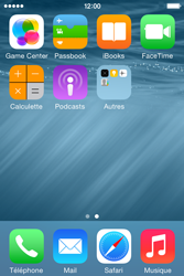 Apple iPhone 4S (iOS 8) - Contact, Appels, SMS/MMS - Ajouter un contact - Étape 3