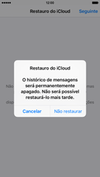 Apple iPhone 5s iOS 8 - Aplicações - Como configurar o WhatsApp -  12