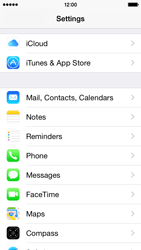 Apple iPhone 5s - iOS 8 - E-mail - Manual configuration (outlook) - Step 3