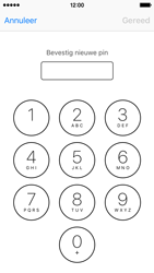 Apple iPhone 5c met iOS 10 (Model A1507) - Beveiliging en ouderlijk toezicht - Hoe wijzig ik mijn SIM PIN-code - Stap 10