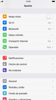 Apple iPhone 7 Plus iOS 11 - Mensajería - Configurar el equipo para mensajes multimedia - Paso 3