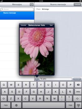 Apple iPad 2 - Mensajería - Escribir y enviar un mensaje multimedia - Paso 11