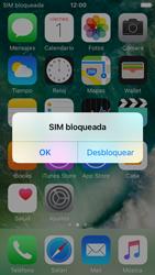 Apple iPhone 5s iOS 10 - Mensajería - Configurar el equipo para mensajes multimedia - Paso 15