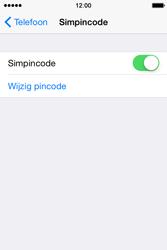 Apple iPhone 4S met iOS 8 (Model A1387) - Beveiliging en ouderlijk toezicht - Hoe wijzig ik mijn SIM PIN-code - Stap 12