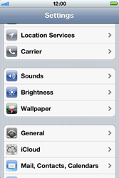 Apple iPhone 4 S - Internet - Disable data roaming - Step 3