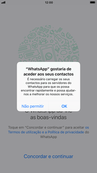 Apple iPhone 6s Plus - iOS 11 - Aplicações - Como configurar o WhatsApp -  5