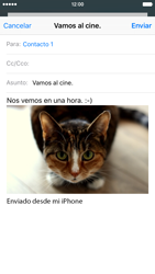 Apple iPhone 6s iOS 9 - E-mail - Escribir y enviar un correo electrónico - Paso 14