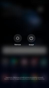 Huawei P10 Plus - Mensajería - Configurar el equipo para mensajes multimedia - Paso 17