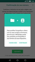 Huawei P10 Lite - Aplicações - Como configurar o WhatsApp -  6