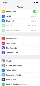 Apple iPhone iOS 12 - Rede móvel - Como ativar e desativar o modo avião no seu aparelho - Etapa 4