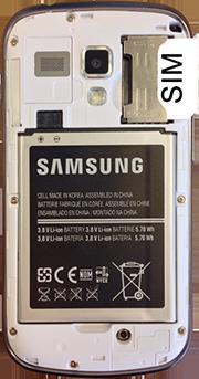 Samsung S7560 Galaxy Trend - Primeros pasos - Quitar y colocar la batería - Paso 3