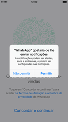 Apple iPhone 6s iOS 10 - Aplicações - Como configurar o WhatsApp -  6