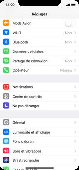 Apple iPhone X - Internet et connexion - Partager votre connexion en Wi-Fi - Étape 3