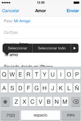 Apple iPhone 4S iOS 7 - E-mail - Escribir y enviar un correo electrónico - Paso 9