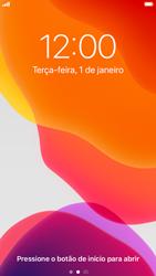 Apple iPhone 8 - iOS 13 - Funções básicas - Como reiniciar o aparelho - Etapa 4