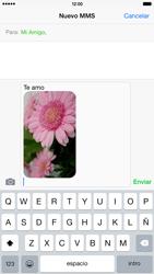 Apple iPhone 6 Plus iOS 8 - Mensajería - Escribir y enviar un mensaje multimedia - Paso 13