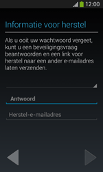 Samsung S7275 Galaxy Ace III - Applicaties - Applicaties downloaden - Stap 14