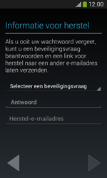 Samsung S7275 Galaxy Ace III - Applicaties - Applicaties downloaden - Stap 12
