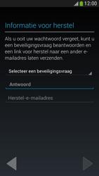 Samsung I9195 Galaxy S IV Mini LTE - Applicaties - Applicaties downloaden - Stap 12