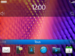 BlackBerry 9360 Curve - MMS - Configuration automatique - Étape 1
