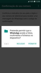 Samsung Galaxy S7 - Aplicações - Como configurar o WhatsApp -  9