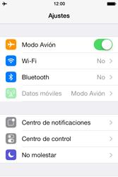 Apple iPhone 4S iOS 7 - Funciones básicas - Activar o desactivar el modo avión - Paso 4