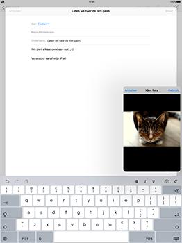 Apple iPad Pro 12.9 - iOS 11 - E-mail - Bericht met attachment versturen - Stap 11