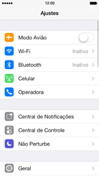 Apple iPhone iOS 7 - Wi-Fi - Como configurar uma rede wi fi - Etapa 3