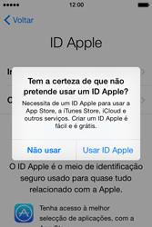 Apple iPhone 4S iOS 8 - Primeiros passos - Como ligar o telemóvel pela primeira vez -  15