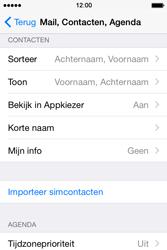 Apple iPhone 4S met iOS 8 (Model A1387) - Contacten en data - Contacten kopiëren van SIM naar toestel - Stap 4