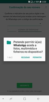 Samsung Galaxy A8 (2018) - Aplicações - Como configurar o WhatsApp -  7