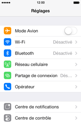 Apple iPhone 4S - Internet et connexion - Partager votre connexion en Wi-Fi - Étape 3