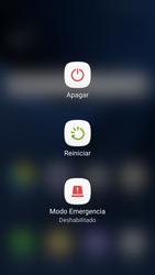 Samsung Galaxy S7 - Mensajería - Configurar el equipo para mensajes multimedia - Paso 16