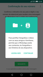 Huawei P10 - Aplicações - Como configurar o WhatsApp -  6