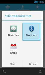 Huawei Ascend Y300 - Contacten en data - Contacten overzetten via Bluetooth - Stap 8