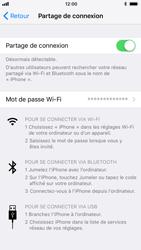 Apple iPhone 7 iOS 11 - Internet et connexion - Partager votre connexion en Wi-Fi - Étape 9