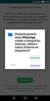 Huawei Y6 (2018) - Aplicações - Como configurar o WhatsApp -  7
