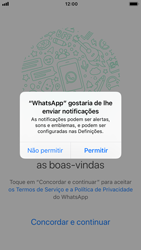 Apple iPhone 7 - iOS 12 - Aplicações - Como configurar o WhatsApp -  6