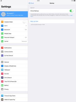 Apple Apple iPad Pro 12.9 - iOS 11 - Device maintenance - Create a backup of your data - Step 11