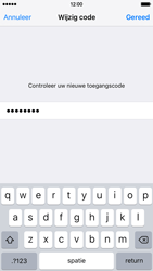 Apple iPhone 6 met iOS 9 (Model A1586) - Beveiliging en ouderlijk toezicht - Toegangscode instellen - Stap 12