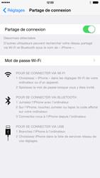 Apple iPhone 6 Plus iOS 8 - Internet et connexion - Partager votre connexion en Wi-Fi - Étape 7