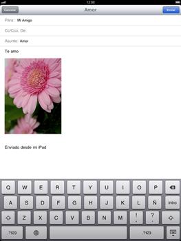 Apple iPad 2 - E-mail - Escribir y enviar un correo electrónico - Paso 11