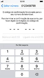 Apple iPhone SE - iOS 12 - Aplicações - Como configurar o WhatsApp -  11