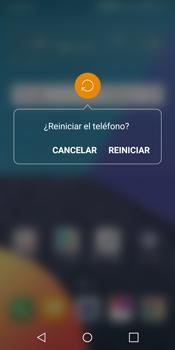 LG Q6 - Mensajería - Configurar el equipo para mensajes multimedia - Paso 19