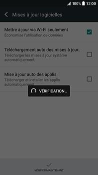 HTC Desire 825 - Réseau - Installation de mises à jour - Étape 7